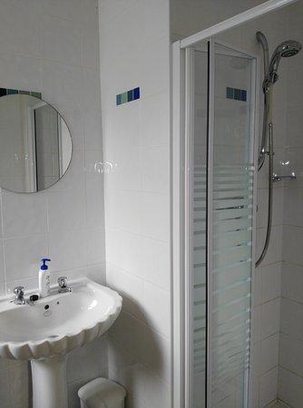 Bunclody, Irlanda: En-suite bathroom