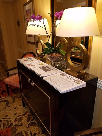 ... High End Furniture! Waldorf Astoria Orlando: Free Daily Newspapers