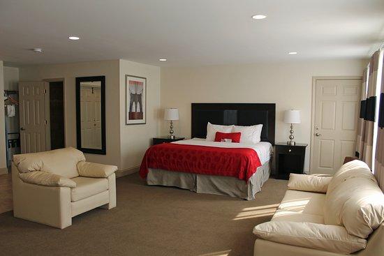 Cottonwood Suites Savannah Hotel & Conference Center $54 ($̶6̶0̶) - UPDATED 2018 Prices ...