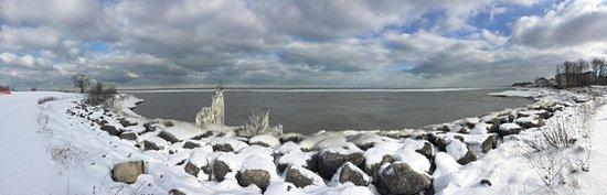 Geneva on the Lake, OH: Panoramic view of Lake Erie.