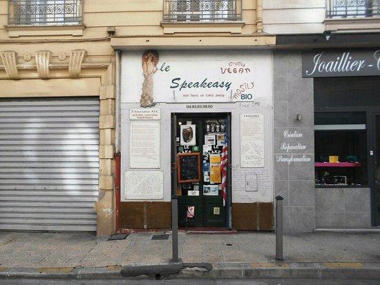 Le Speakeasy: Fasade