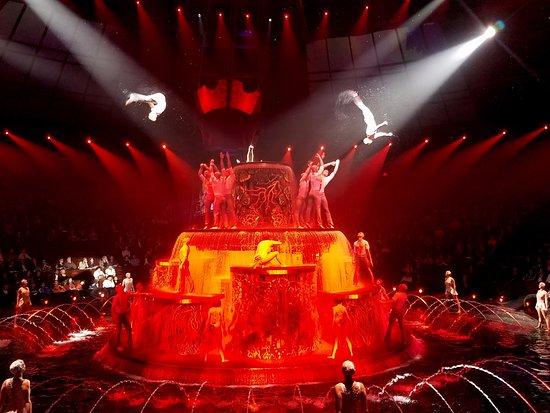 Le Reve - Picture of Le Reve - The Dream, Las Vegas - TripAdvisor
