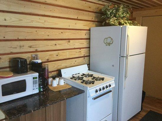 Alexander Lake Lodge: Cabin 3
