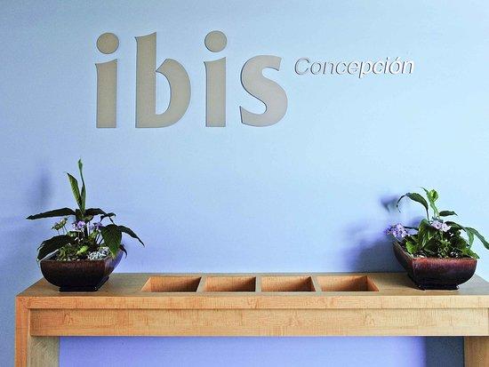 Ibis Concepcion: Exterior