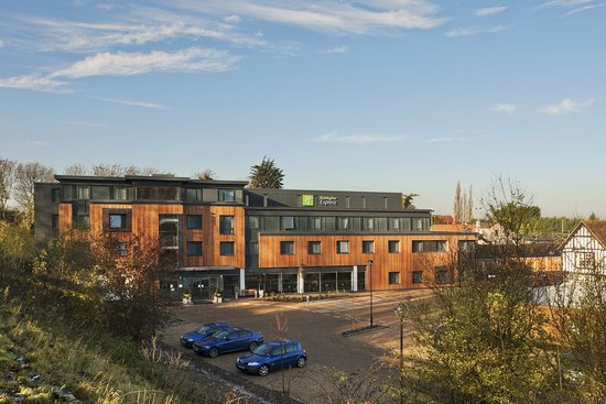 Holiday Inn Express Cambridge Duxford M11 Jct 10
