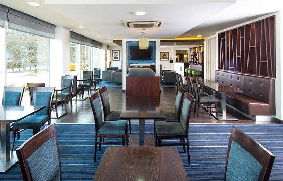 Whittlesford, UK: Breakfast Area