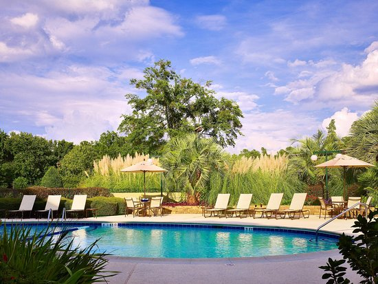 Doubletree by Hilton Hotel Columbia: Outdoor Pool