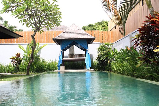 The Khayangan Dreams Villas : Private Pool
