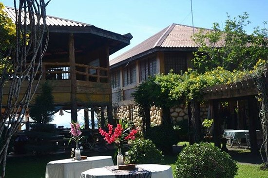 Bali Beach Garden Resort and SPA Mindoro : Reato bar  and apa view