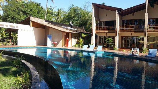 Pleasant View Resort: Swimming Pool