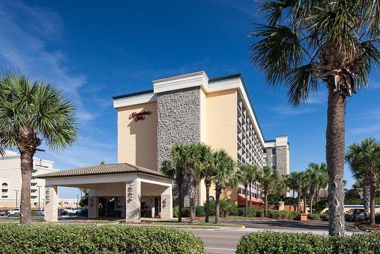 Hampton Inn Jacksonville Beach/Oceanfront : Exterior Day