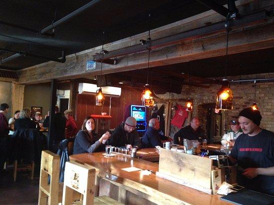 White Bear Lake, Minnesota: Big Wood Brewery - Bar area