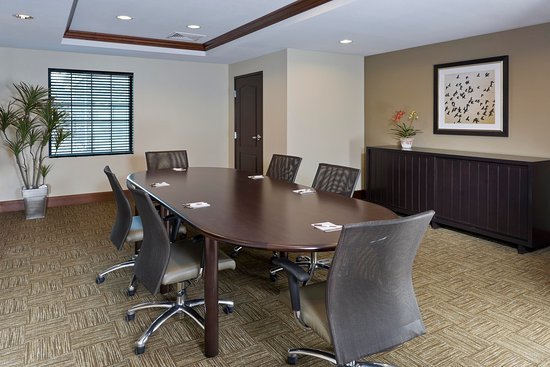 North Wales, PA: Conference Room