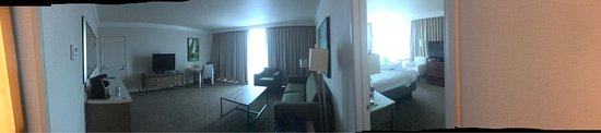 Holiday Inn San Diego-Bayside: Holiday Inn Suite category.