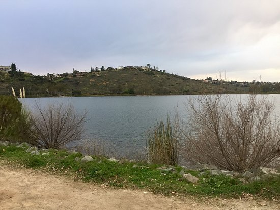 La Mesa, Kaliforniya: Photos of Lake Murray taken while running at the lake.