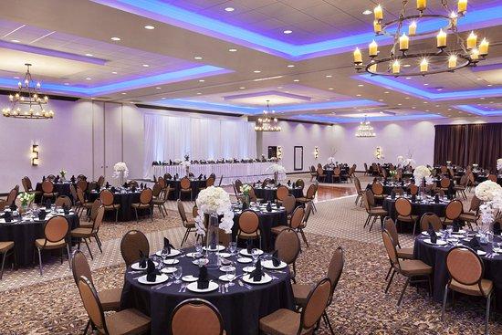 Denison, TX: Ballroom