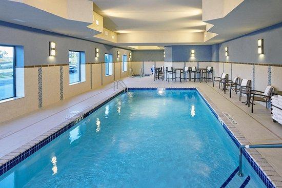 Franklin, WI: Pool