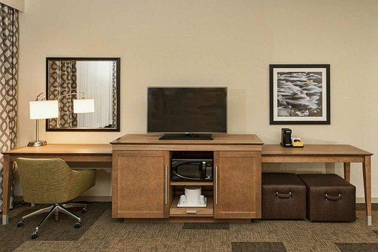 Hibbing, MN: TV Desk