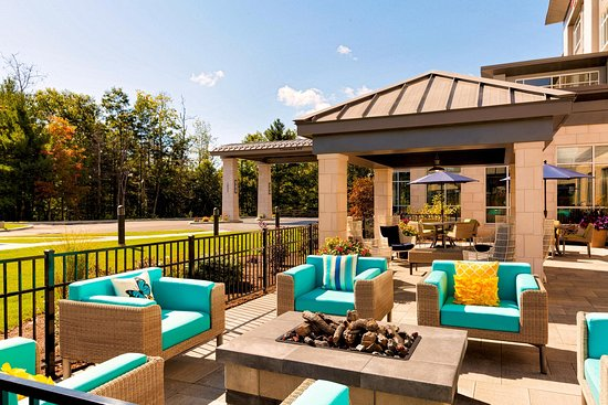 Pittsfield, MA: Outdoor Patio