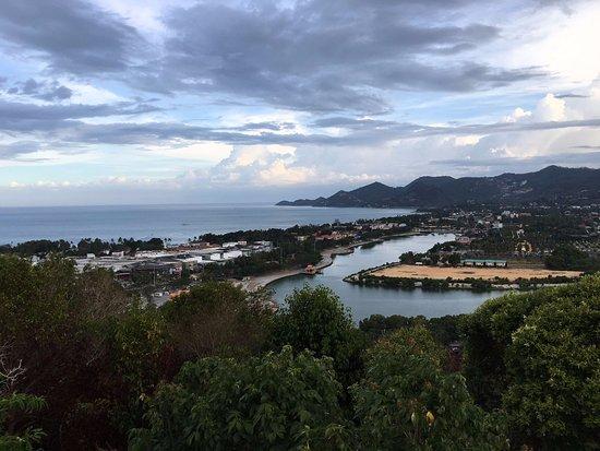 Phra Phutthabat Chamlong Khao Hua Chuk : วิวเกาะและทะเล