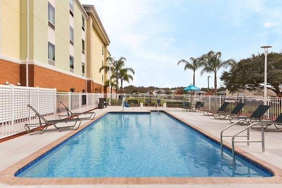 Bartow, FL: Outdoor Pool