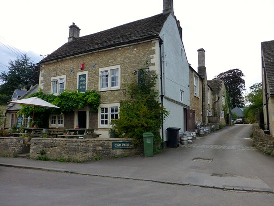 Grittleton, UK: Neeld Arms Inn with plenty of parking at rear of premises