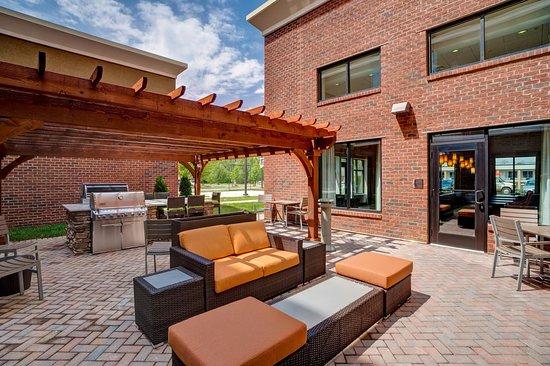 Christiansburg, VA: Outdoor Seating
