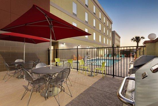 Home2 Suites By Hilton Houston Pasadena: Patio