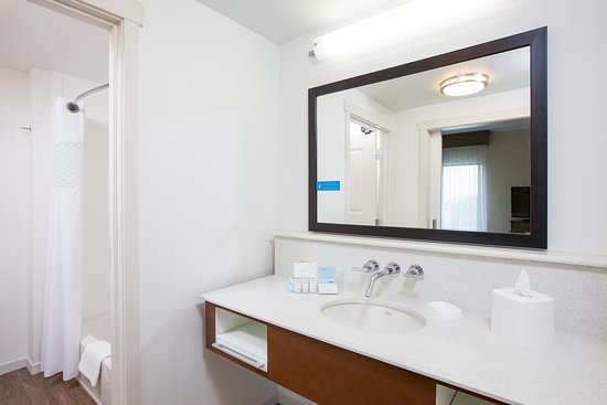 Pasco, WA: Studio Suite Bathroom