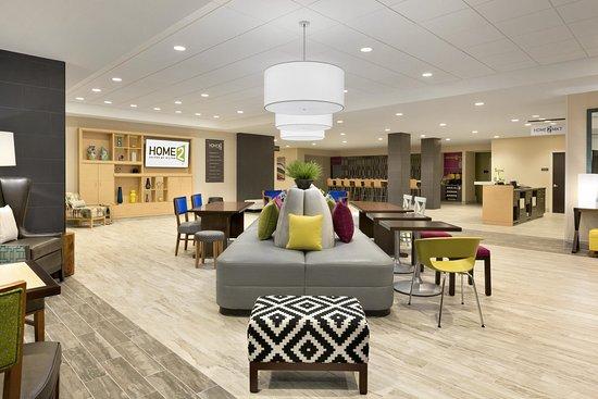 Hasbrouck Heights, NJ: Lobby Oasis 2