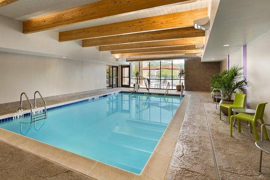 Downingtown, Пенсильвания: Indoor Pool