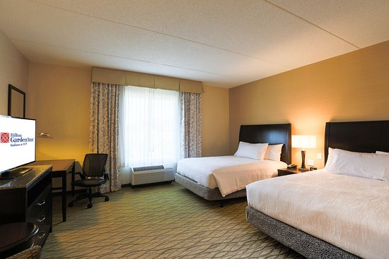 Indiana, PA: 2 Queen Beds Accessible
