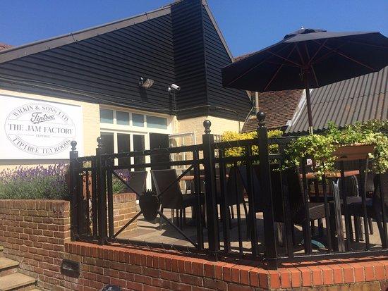 Essex, UK: The Tea Room Terrace