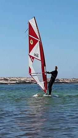 Flag Beach Windsurf & Kitesurf Centre: Windsurfing