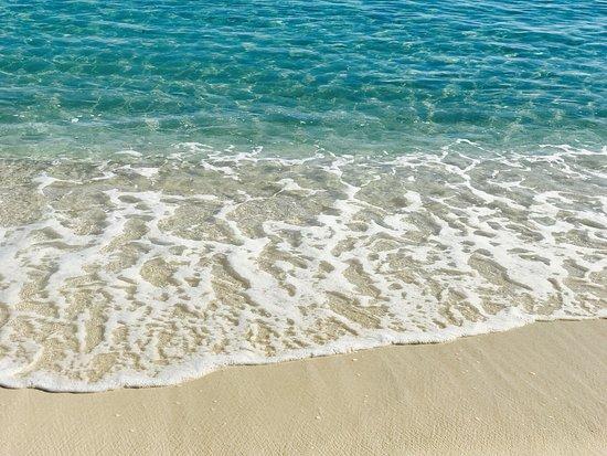 Crystal Cove Beach Resort on Sapphire Bay: photo4.jpg