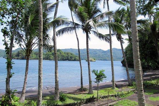 Kungkungan Bay Resort: Private beach