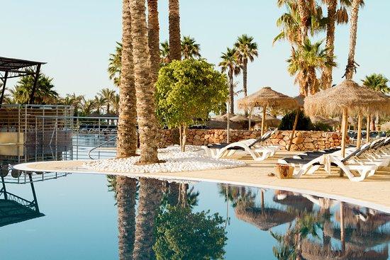 Cabogata Garden Hotel & Spa: Piscina/Terraza