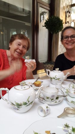 Hongrie centrale, Hongrie : Дегустируем чай и пирожные