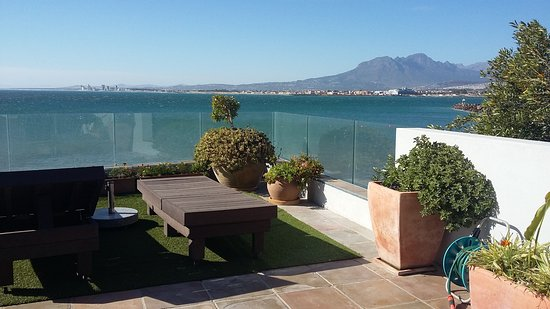 Gordon's Bay, South Africa: Dachterrasse mit Blick auf die False Bay