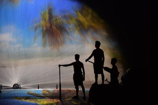 Fishermen Show Mui Ne