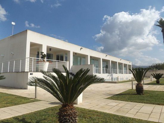 Villa Orchidea : The outside of the Well Being Centre - excellent quality