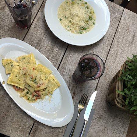 vegetarische ravioli bild von restaurant stefans m nchen tripadvisor. Black Bedroom Furniture Sets. Home Design Ideas