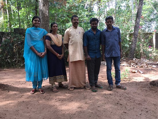 Sarovaram Ayurvedic Backwater Health Centre: The great staff