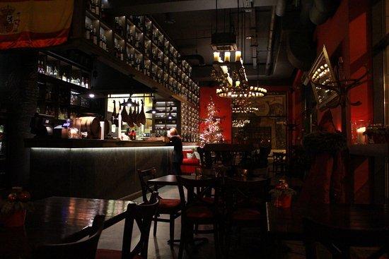Restauracja Patio Espanol: Cozy Atmosphere