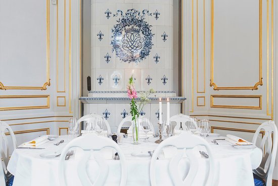 Bro, Suecia: Blå matsalen