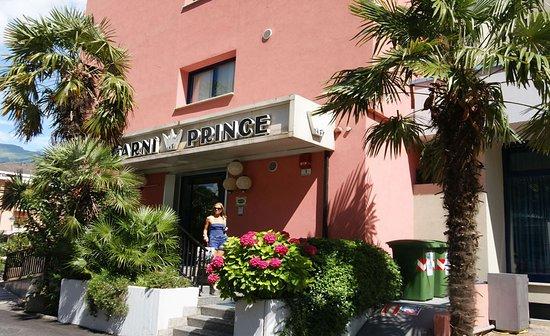 Hotel Garni Prince: Entrance