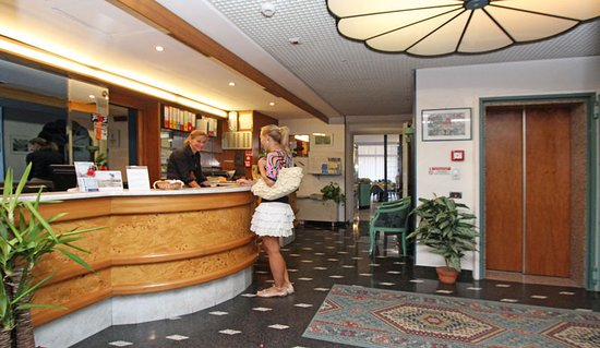 Hotel Garni Prince: Reception