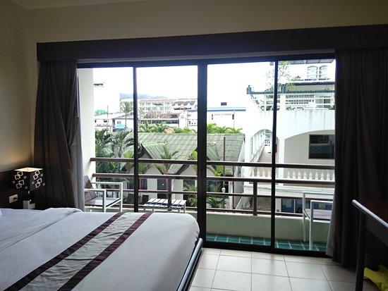 C & N Hotel Photo