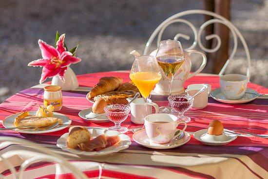 Saint-Didier, France: Breakfast