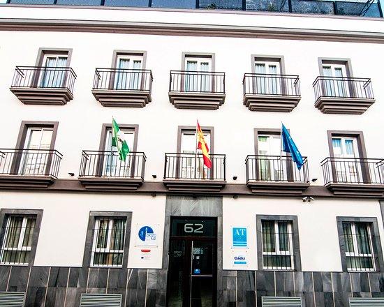 Hostal & Apartamentos Plaza de la Luz, Hotels in Costa de la Luz